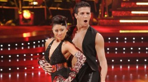 Kristi Yamaguchi returned to DWTS to lead a team cha cha.