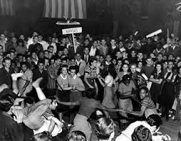 swing dance a brief history essay Brief history of swing dancing (the original form of swing dance) people could post a small cash prize with the emcee for a brief mini-contest among the.