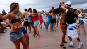 festa kizouk na praia